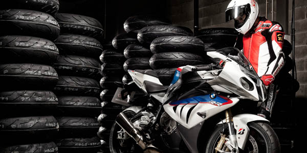 Motociklu riepas test
